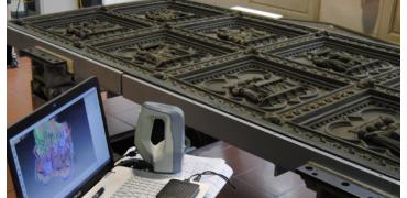 意大利使用3D打印技术修复700年前建造的佛罗伦萨洗礼池的南门